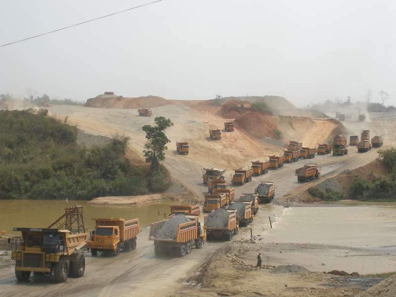 Shacman Dump Trucks at work in construction project