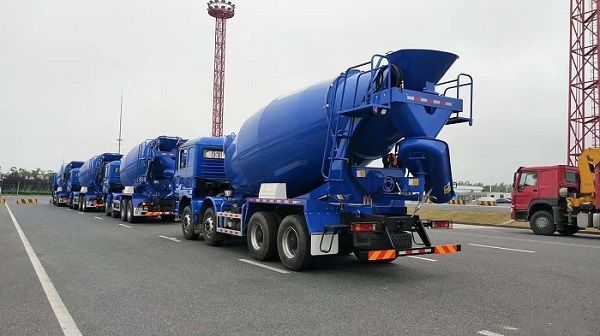 cement mixing truck factory