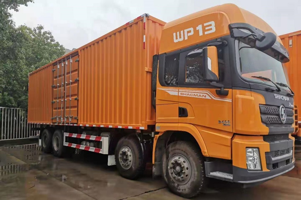 Chinese heavy duty truck manufacturer